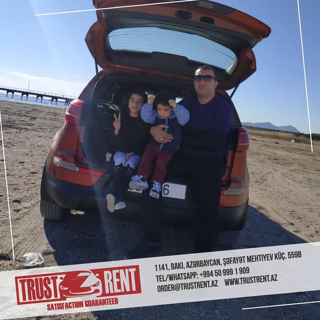 Аренда авто в Баку / Взять свою семью на прогулу на вместительном и ярком автомобиле