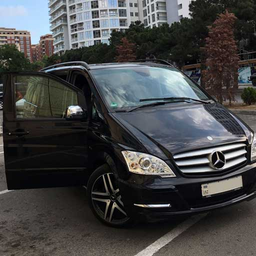 Mercedes Viano (2012): 180 AZN Per Day